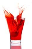 woth för vatten för cheryefterrättfärgstänk royaltyfri fotografi