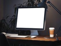 Wotkplace met computer het 3d teruggeven Royalty-vrije Stock Fotografie