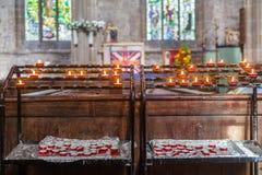 Wotywny świeczka stojak Obrazy Royalty Free