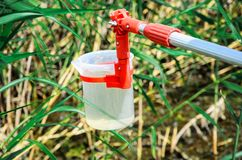 Wp8lywy próbki woda dla laborancki testowanie Pojęcie - analiza wodna czystość, środowisko, ekologia obrazy royalty free