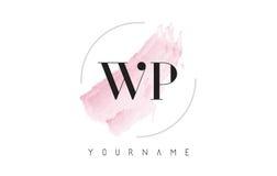 WP W.P. Watercolor Letter Logo Design con el modelo circular del cepillo Fotos de archivo