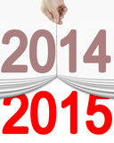 Wręcza ciągnąć w górę starej 2014 zasłony otwierać nowy 2015 Obrazy Royalty Free