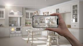 Wręcza trzymać mądrze telefon, symuluje projektów produkty w reala domu, AR zastosowanie, meblarskiego i wewnętrznego, architekta ilustracja wektor