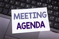Wręcza writing teksta podpisu inspirację pokazuje spotkanie agendę Biznesowy pojęcie dla Biznesowego rozkładu planu pisać na klei Obraz Royalty Free