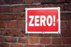 Wręcza writing teksta podpisu inspirację pokazuje Zero pojęcie znaczy Zero zero Nought tolerancję pisać na starej zawiadomienie d Zdjęcia Stock