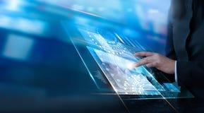 Wręcza wzruszającego wirtualnego interfejsu klienta, nowatorska technologia obraz stock