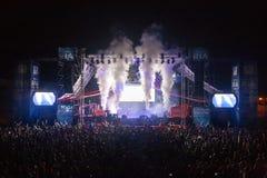 Wraak van de jaren '90band die op Muziekfestival presteren stock afbeelding