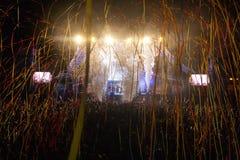 Wraak van de jaren '90band die op Muziekfestival presteren stock foto