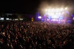 Wraak van de jaren '90band die op Muziekfestival presteren stock afbeeldingen
