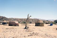 Wrak en verlaten auto de woestijn in van Nairobi, Kenia, Afrika royalty-vrije stock foto