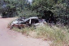 Wrak en verlaten auto de woestijn in van Nairobi, Kenia, Afrika stock fotografie