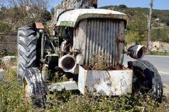 Wrak van een oude tractor Stock Fotografie
