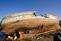 Wrak van een vissersboot Stock Foto