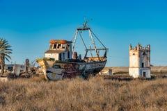 Wrak van een vissersboot dichtbij Cabo DE Gata, Almeria, Spanje royalty-vrije stock foto