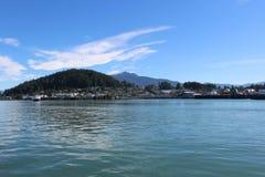 Wrangell阿拉斯加海岛风景在晴天在夏天 免版税库存照片