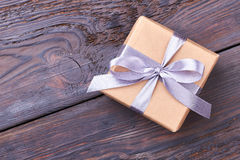 Wrapped gift box with bow. Royalty Free Stock Photos