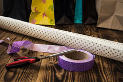 Free Wrapping Paper Ribbon Scissors Bags Presents Royalty Free Stock Image - 92014756