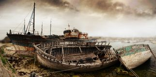 Free Wreck Of Old Fishing Boats Royalty Free Stock Photo - 122717505