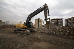 Free Wrecking Crane On Debris Royalty Free Stock Photos - 47253628