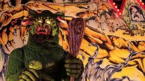 Wreed Groen Monster voor spooktrein stock videobeelden
