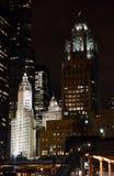 Wrigley строя после наступления темноты Стоковое Фото