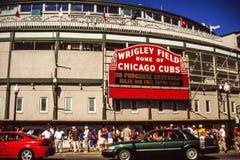 Wrigley coloca, Chicago, IL foto de archivo libre de regalías