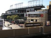 Wrigley coloca la estación de CTA, Chicago Cubs fotografía de archivo