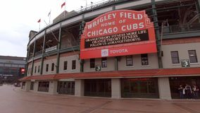 Wrigley-Feld in Chicago - Haus der Chicago Cubs - CHICAGO, USA - 12. JUNI 2019 stock footage