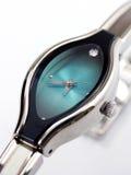 wrist för s-watchkvinnor Royaltyfria Bilder