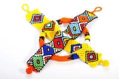 2 Wristbands Зулуса вышитых бисером и оранжевого Armband Стоковые Фотографии RF