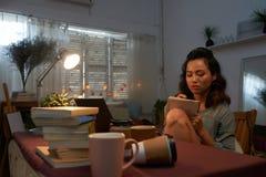 Writing esej zdjęcie royalty free