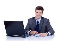writing för affärsskrivbordman arkivbild