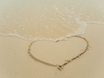 Writing serce na plaży Fotografia Royalty Free