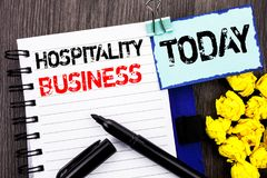 Writing tekst pokazuje gościnność biznes Biznesowa fotografia pokazuje przemysł turystyki Biznesową reklamę pisać na notatniku zdjęcia stock