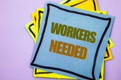 Writing tekst pokazuje pracowników Potrzebujących Biznesowa fotografia pokazuje rewizję Dla kariera zasobów pracowników bezroboci Obrazy Royalty Free