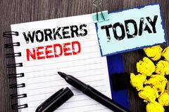 Writing tekst pokazuje pracowników Potrzebujących Biznesowa fotografia pokazuje rewizję Dla kariera zasobów pracowników bezroboci Obraz Royalty Free