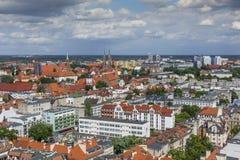 WROCŁAWSKI, POLSKA, LIPIEC - 07, 2016: Scenicznego lata powietrzna panorama o Obraz Royalty Free