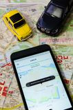 WROCLAW, ΠΟΛΩΝΙΑ - 11 ΑΥΓΟΎΣΤΟΥ 2016: Το Uber app είναι συχνά χρησιμοποιημένο φ Στοκ Φωτογραφία