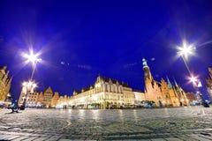 Wroclaw, Πολωνία. Το τετράγωνο αγοράς τη νύχτα Στοκ Φωτογραφίες