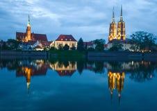 Wroclaw bij nacht stock foto's