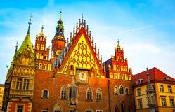Wroclaw oud Stadhuis bij zonsopgang stock afbeelding