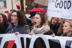 Wroclaw Polen, 2017 08 03 - kvinnors protest Arkivfoton