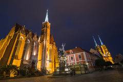 wroclaw Vista della sera sul Ostrow Tumski il più vecchio distretto la città/Polonia Fotografia Stock Libera da Diritti