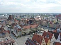 Wroclawhorizon met mooie kleurrijke historische huizen van de Oude Stad, luchtmening van het het bekijken terras Royalty-vrije Stock Foto