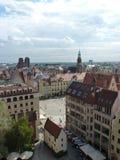 Wroclawhorizon met mooie kleurrijke historische huizen van de Oude Stad, luchtmening van het het bekijken terras Stock Foto