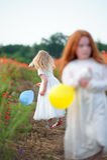 Wrok jonge meisjes Ruzievrienden royalty-vrije stock foto's