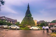 Wrzesień 25, 2014: Ten Grobelna stupa w Vientiane, Laos Fotografia Stock