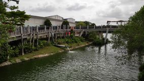 Wschód słońca most lokalizować w Punggol, Singapur obrazy stock