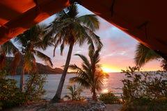 Wschód słońca na wyspie Fiji obrazy stock