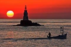 Wschód słońca przy Ahtopol latarnią morską obraz royalty free